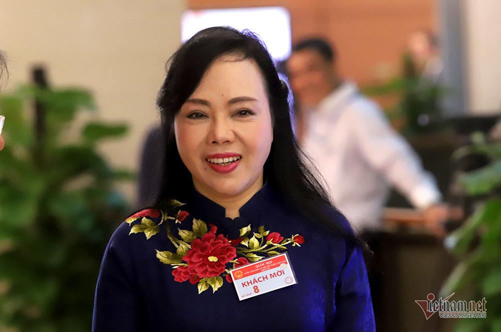 Bộ trưởng Nguyễn Thị Kim Tiến:Tôi cũng bị gọi là thị phi đấy