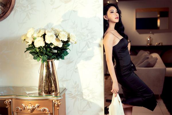 Hoa hậu Quý bà Loan Vương kiêu sa trong không gian nội thất châu Âu