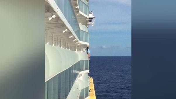 Tự sướng,du thuyền,nguy hiểm
