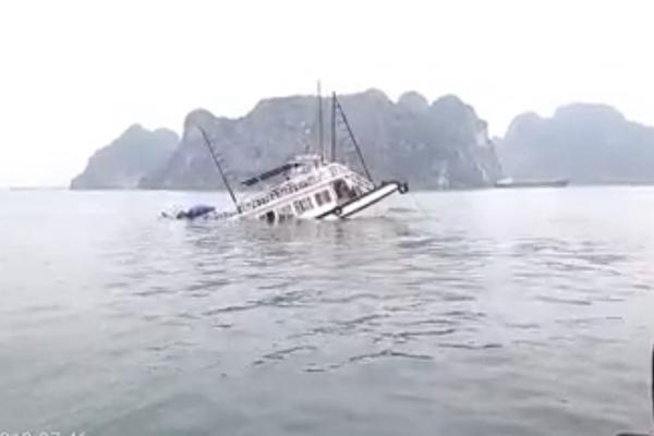 Vịnh Hạ Long,chìm tàu,Quảng Ninh