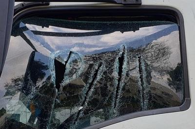 Bóp còi cảnh báo, tài xế xe tải bị đôi nam nữ dùng mã tấu truy sát