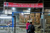 Bộ Công an làm việc với công ty gốm sứ vụ đổ dầu thải xuống sông Đà