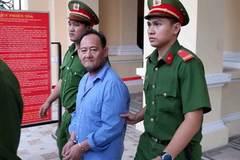 Tài xế taxi cướp tiền của khách nước ngoài giữa Sài Gòn