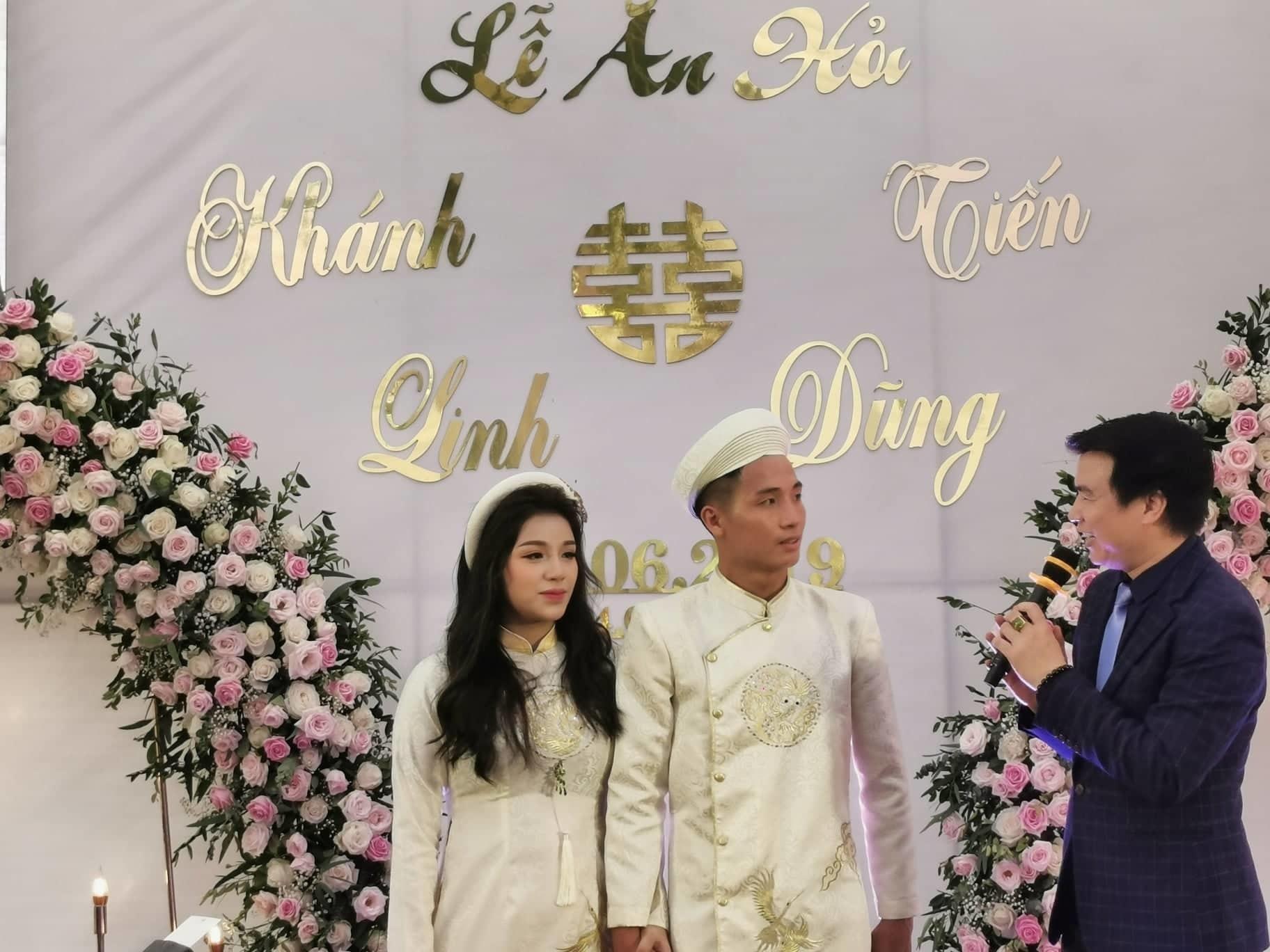 Bùi Tiến Dũng,Nguyễn Khánh Linh,Tình yêu