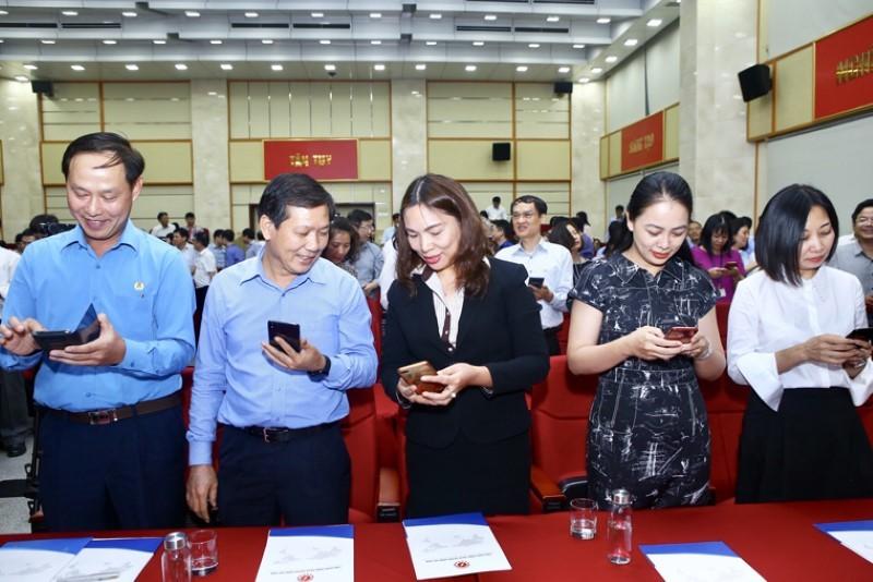 Bộ trưởng Bộ TT&TT Nguyễn Mạnh Hùng kêu gọi Ngành ICT hành động vì người nghèo