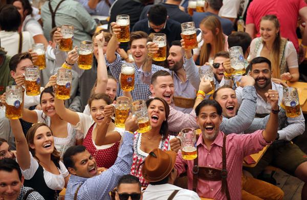 lễ hội bia,khu đô thị Nam Thăng Long