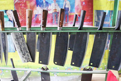 Knife village retains traditional craft