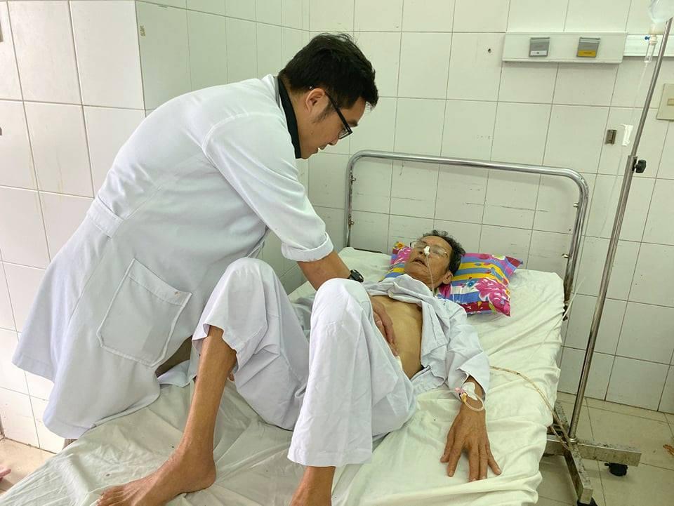 30 phút cứu sống bệnh nhân xuất huyết nội nguy kịch, không cần phẫu thuật