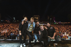 Irish band to open music festival