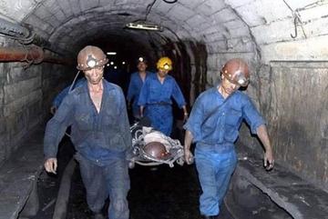 Nam công nhân than Hòn Gai tử vong trong hầm sâu 200m
