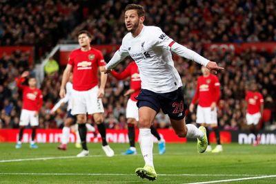 Liverpool tống khứ cầu thủ vừa sút tung lưới MU