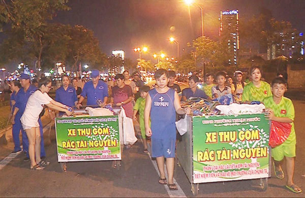 Da Nang,Hai Chau District,campaign to classify garbage,entertainment news,what's on,Vietnam culture,Vietnam tradition,vn news,Vietnam beauty,Vietnam news,vietnamnet news,vietnamnet bridge,Vietnamese newspaper,Vietnam latest news,Vietnamese newspaper artic