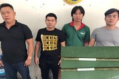 6 gã trai vác gậy sắt đập phá quán nhậu khai nhân viên phục vụ không tốt