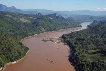 Laos considers Luang Prabang hydropower while Vietnam ponders how to react
