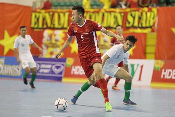 Tuyển futsal Việt Nam chiếm ưu thế, bảng A ngã ngũ sớm