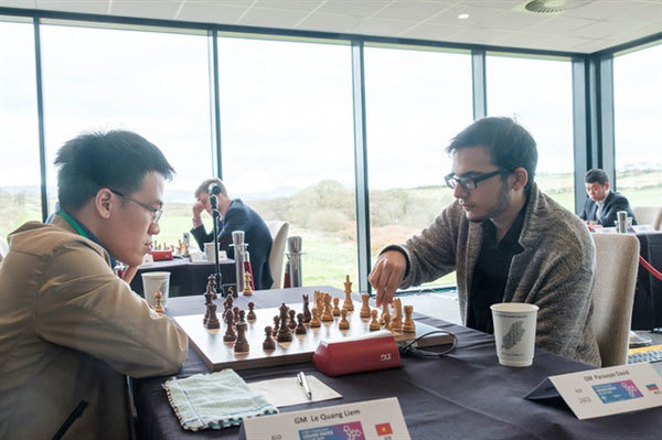 Vietnamese grandmasters Liem, Son takes positive results at Grand Swiss