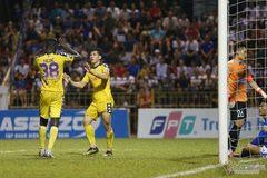 Vòng 26 V-League: Thanh Hóa mở tỷ số, HAGL dẫn Khánh Hòa