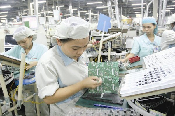 Foreign capital pouring into Vietnam: an opportunity or a challenge?