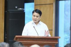 Hanoi mayor wants to recall old cars, motorbikes