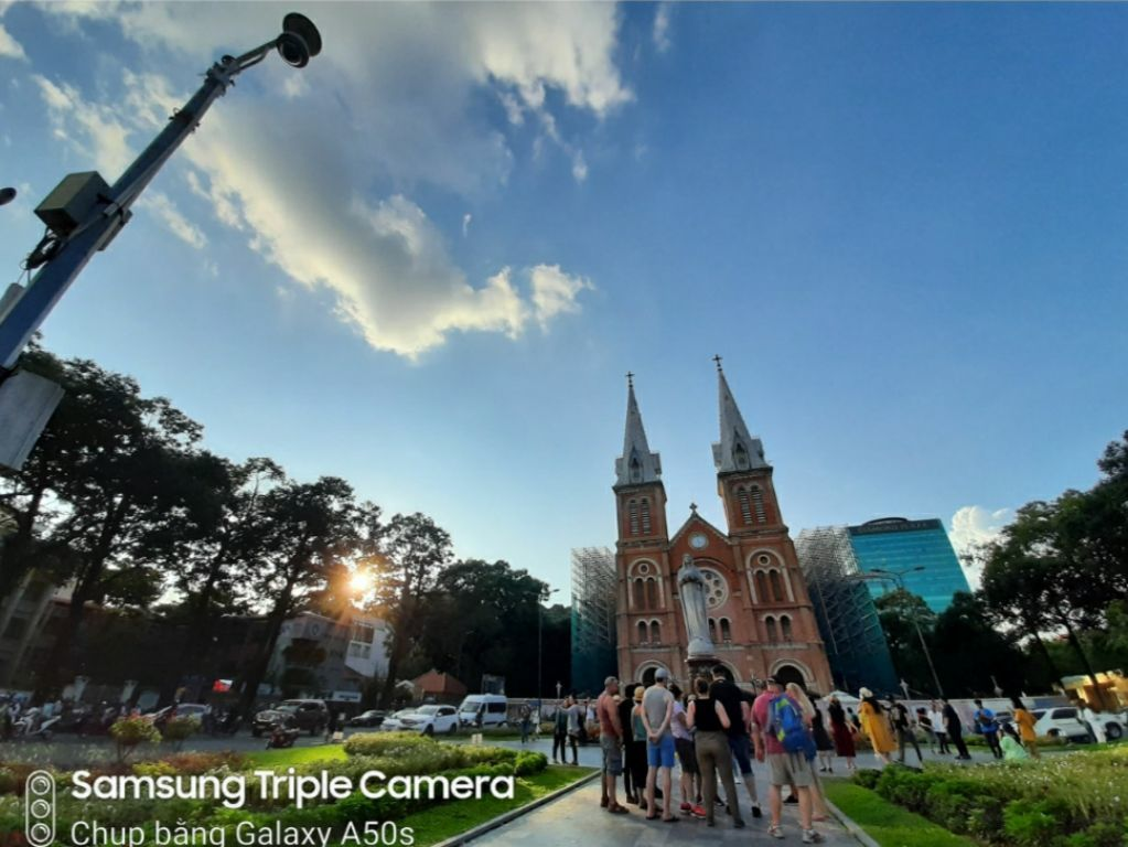 smartphone,chụp ảnh du lịch,Galaxy A50s
