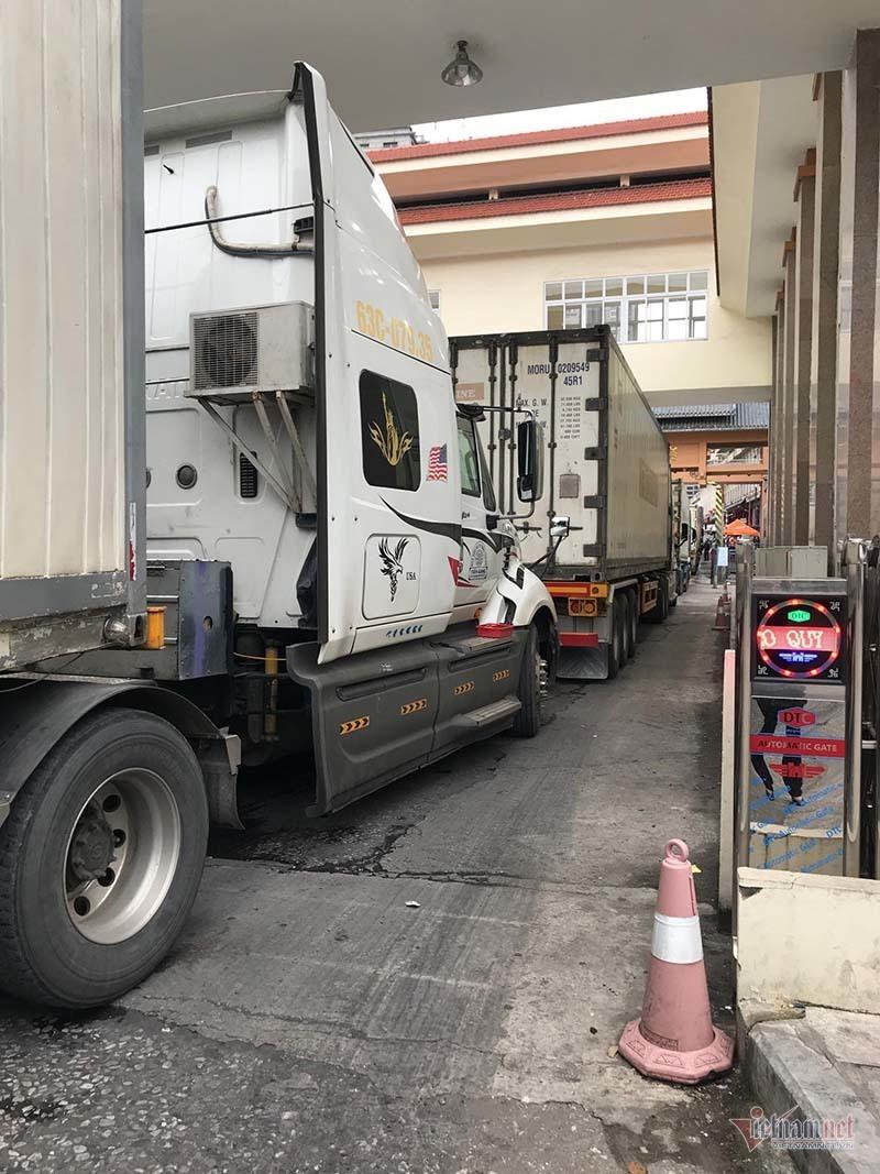 Tin mới từ biên giới, hàng hóa xuất sang Trung Quốc hết ùn tắc