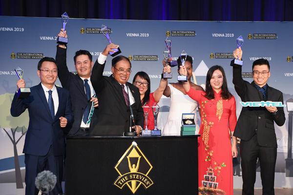 Viettel thắng lớn tại 'giải Oscar' dành cho giới kinh doanh quốc tế