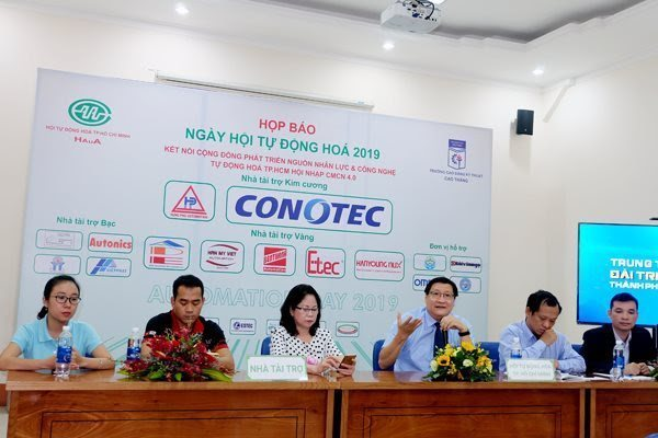 Vietnam's automation still lags behind other countries: experts