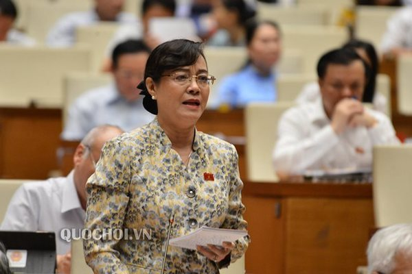 Vietnamese lawmakers air conflicting views on overtime cap