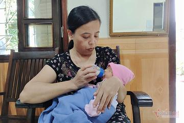 Mẹ bỏ con gái mới sinh trước cổng làng SOS cùng tâm thư