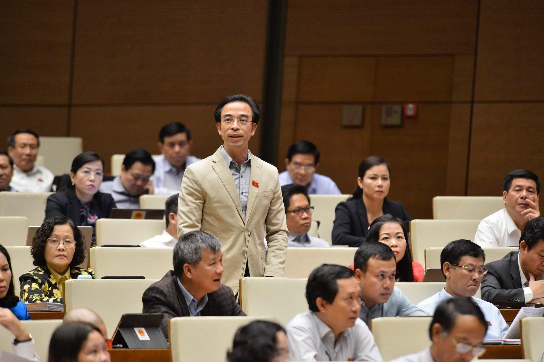 Ông Dương Trung Quốc nói về nhân tài, Giám đốc bệnh viện Tim 'sốc'