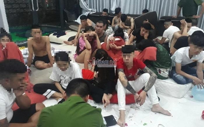 Hàng chục nam nữ bao trọn villa mở tiệc ma túy ở Đà Nẵng