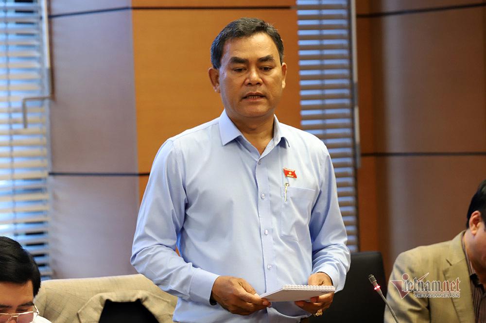 Phó bí thư Đắk Lắk lý giải vụ bà Ái Sa xài bằng giả vẫn lọt các cửa