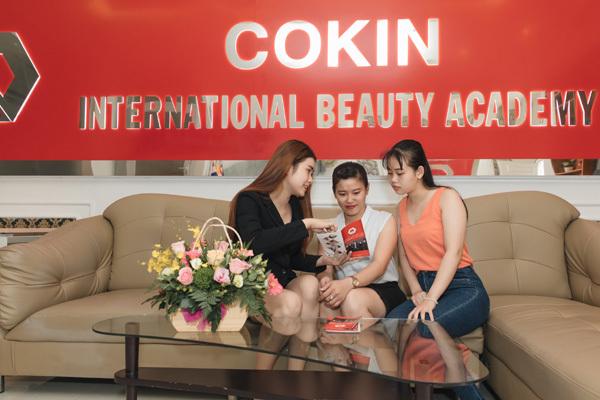 Viện đào tạo Thẩm mỹ Quốc tế Cokin: Thu hút học viên vì điều gì?