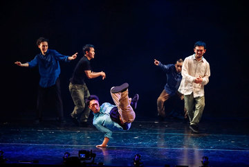 Asian artists dance together in Hanoi