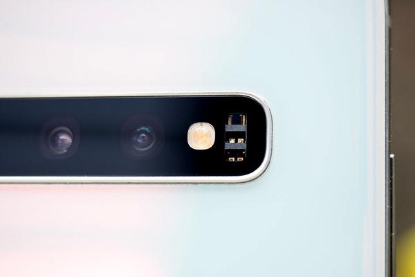 Galaxy S11 trang bị 6 camera, camera chính 108 MP?