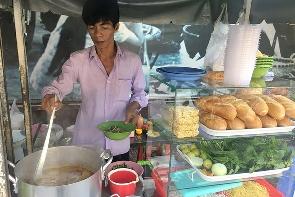 HCM City ranked as world's fourth best hub for street food