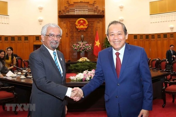 VIETNAM POLITICAL NEWS HEADLINES OCTOBER 25