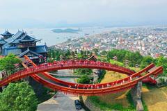 Nhiều tour giá ưu đãi hút khách đến Quảng Ninh bằng đường hàng không