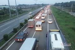 Cao tốc TP.HCM- Trung Lương hư hỏng nặng, chi 30 tỷ 'vá' tạm