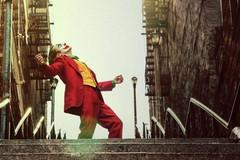 Fan 'Joker' đua nhau nhảy múa trên bậc thang New York