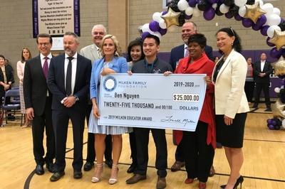 Thầy giáo gốc Việt đoạt giải thưởng giáo dục nước Mỹ