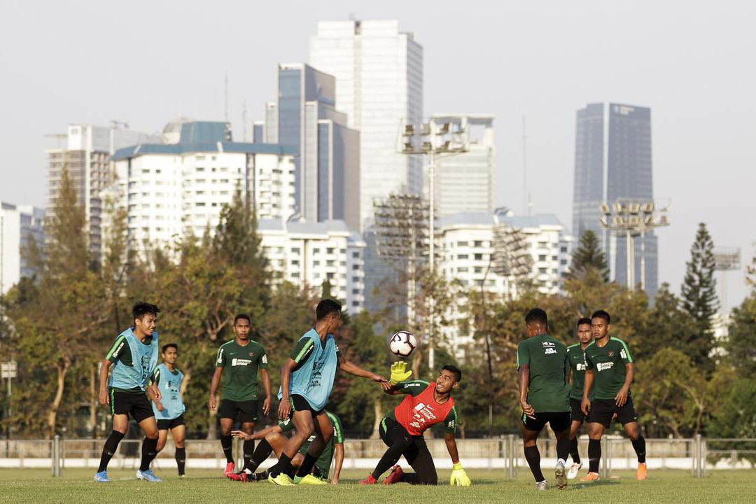 U22 Indonesia luyện chiêu đấu U22 Việt Nam