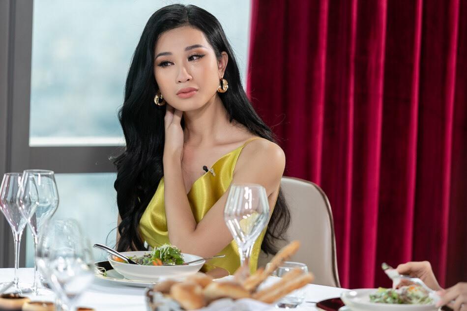 Hương Ly khóc nức nở, Thuý Vân vươn lên hạng 2 ở HH Hoàn vũ Việt Nam