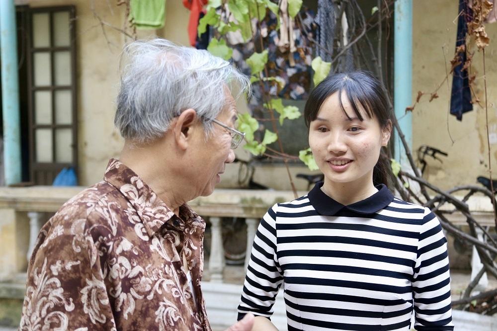 Học đại học 3.5 năm, cô gái khiếm thị trở thành thủ khoa