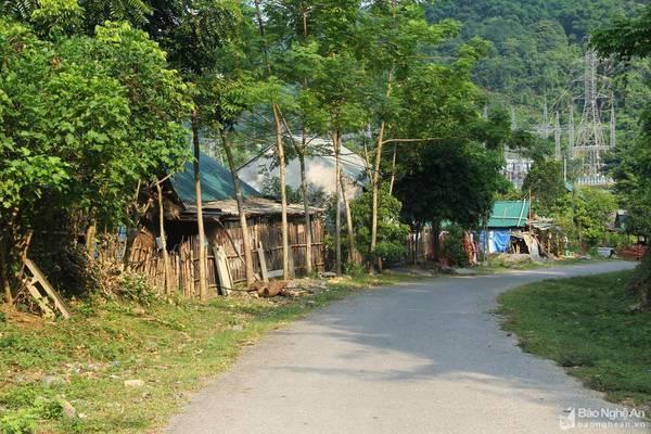 'Ngôi làng ma' ở thượng nguồn sông Lam