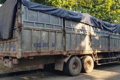 Trốn công an khi đổ thải trộm ở Bình Phước, tài xế bị rắn độc cắn