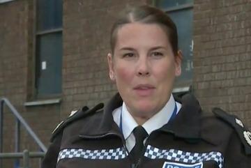Cảnh sát Anh kêu gọi không suy đoán quốc tịch của 39 nạn nhân