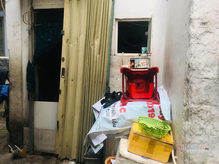 Có ngàn m2 đất ở khu nhà giàu, gia đình Sài Gòn chỉ còn căn nhà 2,4 m2