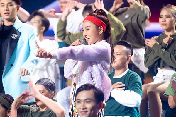 Thí sinh nức nở vì MC công bố nhầm Quán quân Giọng hát Việt nhí 2019