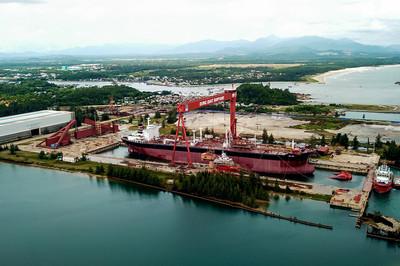 Cận cảnh nhà máy đóng tàu Dung Quất nợ gần 7.000 tỷ đồng